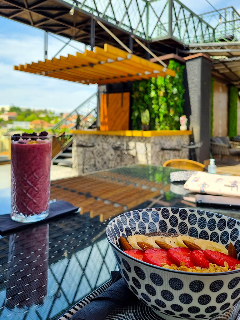 Chia and smoothie Rooftop bar Hotel Arka